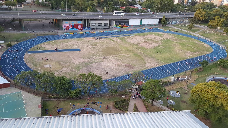 pista atletismo parque chacabuco